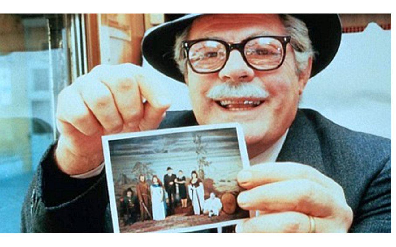 Il film Stanno tutti bene è girato nelle adiacenze di Piazzetta Nilo. Il protagonista è Marcello Mastroianni
