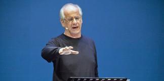 Toni Servillo legge Napoli