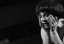 Al Ridotto del Mercadante dal 12 al 22 aprile lo spettacolo Teresa Sorrentino di Elvio Porta. Regia di Armando Pugliese interpretato da Lalla Esposito