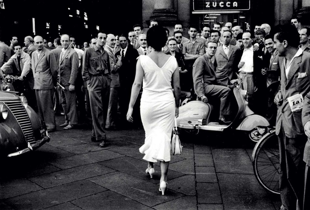 Per Between Art & Fashion Mario De Biasi