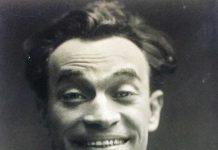 """""""Unico Viviani!"""" il recital che racconta Raffaele Viviani poeta, attore e drammaturgo napoletano."""